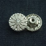 Move Metal Buttons Manufacturer 15-22mm Nickle Rhinestone